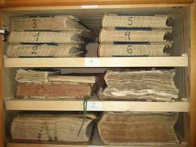 A szarvasi levéltári anyag - még a helyén